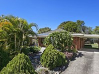 Picture of 9 Buring Court, Highland Park