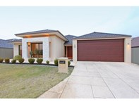 Picture of 54 Hillhouse Way, Piara Waters