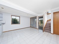 Picture of 3/2 Shoreline Drive, Fingal Bay