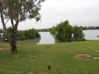 Picture of 743 East Front Road- Five Miles, Mannum