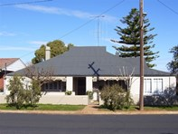 Picture of Victoria Street, Parkes