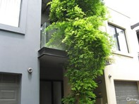 Picture of 3 Sparman Close, Adelaide
