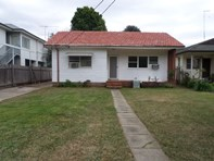 Picture of 69 WATERSIDE CRESCENT, Carramar