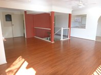 Picture of 4 Riverview Crescent, Catalina