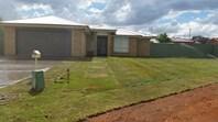 Picture of 27 Warragrah Place, Parkes