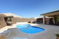 Picture of 11 Brammall Bend, Aveley