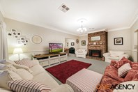 Picture of 16 Mt Vernon Drive, Kambah