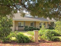 Picture of 24 Booth Street, Coolamon