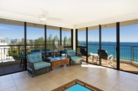 Picture of 15B/166 Marine Parade, Rainbow Bay