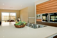 Picture of 11 Gartside Ave, Gold Coast