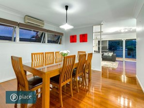 Picture of 3 Chartwell Street, Aspley