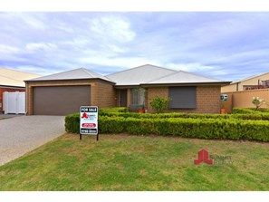 Main photo of 7 Kooyar Bend, Dalyellup - More Details