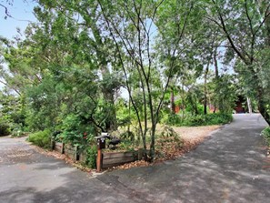 Photo of 42 Ronneby Road, Lesmurdie - More Details