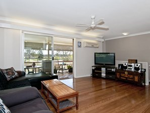 Photo of 13 Hinchinbrook Avenue, Bethania - More Details