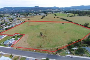 Main photo of off Sale Street, Huonville - More Details
