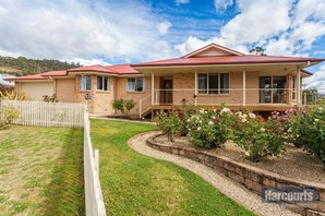 Main photo of 9 Old Apple Court, Huonville - More Details