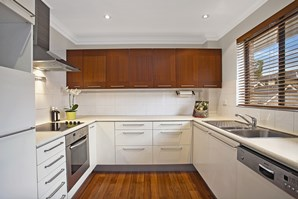 Photo of 4/102 Hampden Road, Russell Lea - More Details