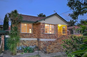 Picture of 24 Whitton Parade, Coburg North