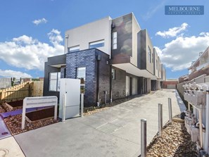 Picture of 2/48 Bakers Road, Coburg North