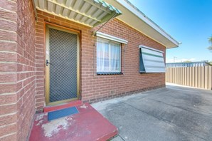 Main photo of 3/337 Allawah Street, Albury - More Details