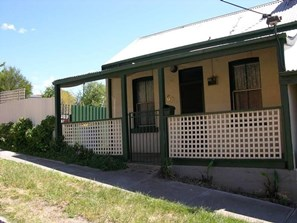 Picture of 16B Bourke Street, Kilmore