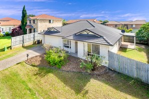 Picture of 3 Flynn Place, Aspley