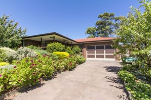 Picture of 10 Burswood Close, Frankston South
