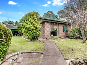 Picture of 63 Christopher Drive, Frankston South