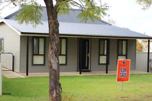 Photo of 10 Kooba St Leeton, NSW 2705