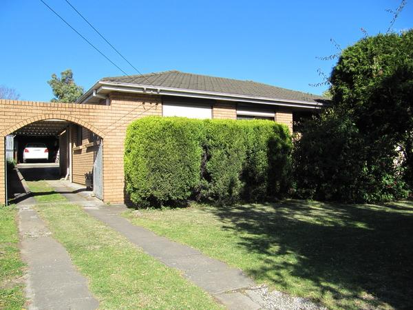 17 woodville road chester hill NSW 2162