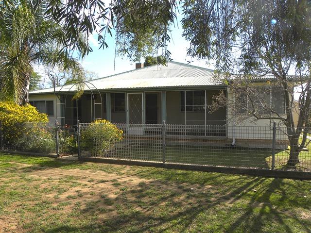 Photo of 91 LYALL STREET Cowra, NSW 2794