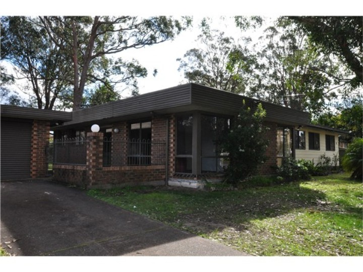 Picture of 10 McCrea Blvd, San Remo