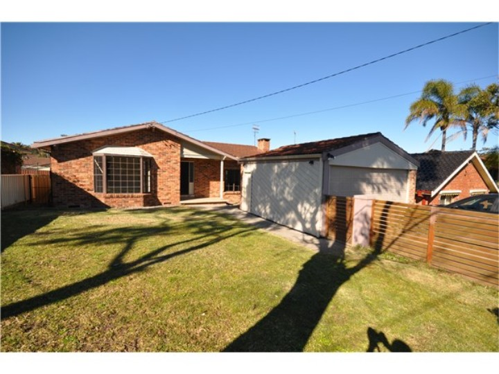 Picture of 37 Cataina Ave, San Remo