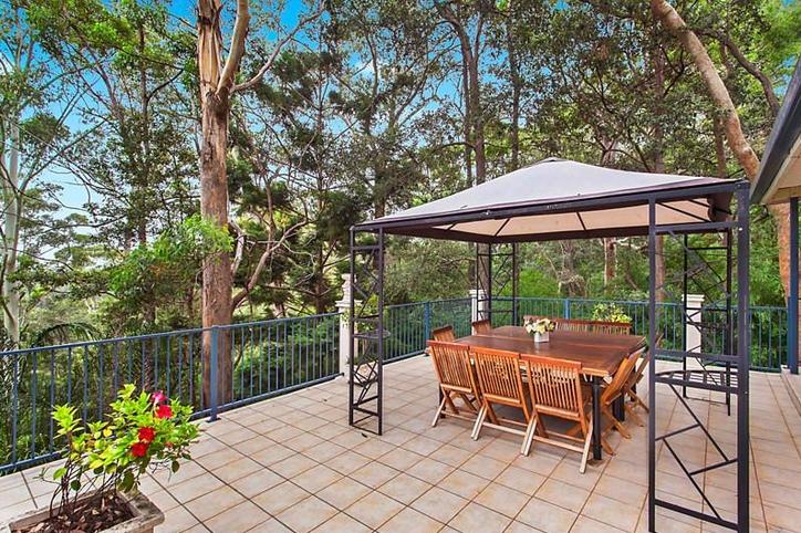 141 lucinda avenue wahroonga NSW 2076