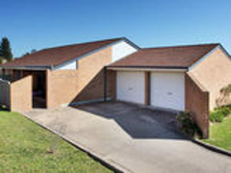 Photo of 1/6 Pointsfield Place Armidale, NSW 2350