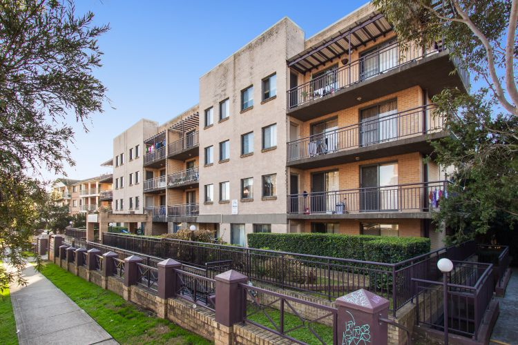 Picture of 38/5-9 Fourth Avenue, Blacktown