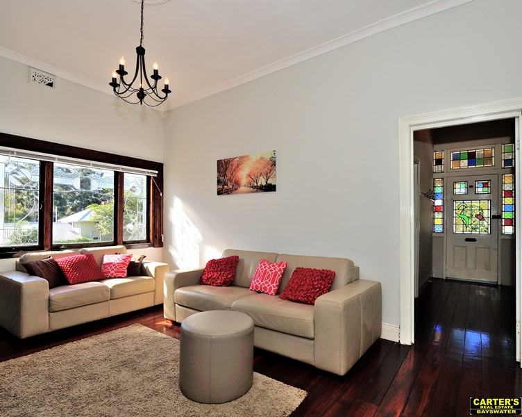 Picture of 132 Railway Pde (cnr. May St), Bayswater