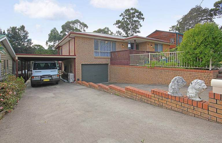 Photo of 34 Tomakin Place Tomakin, NSW 2537