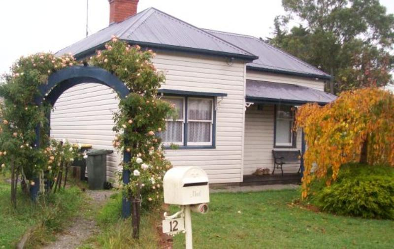 Picture of 12 Gladstone Street, Ballarat