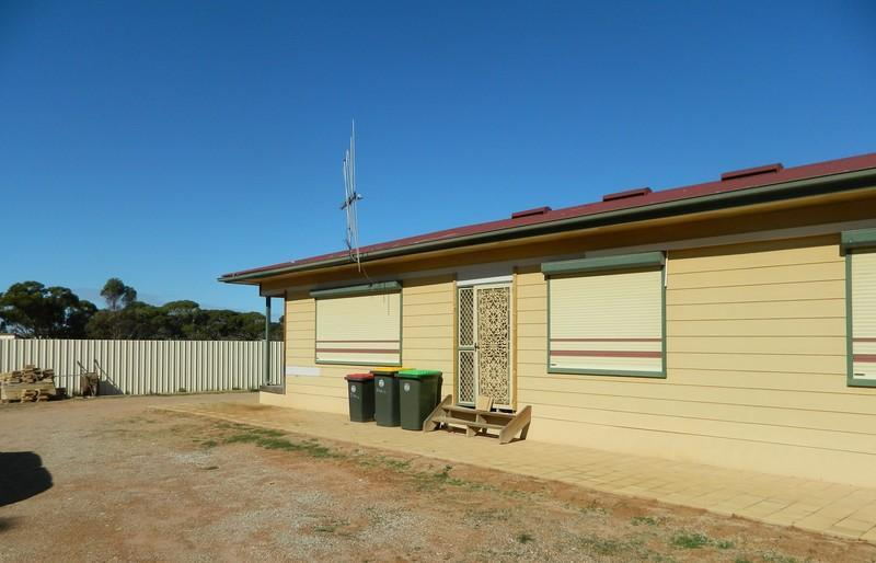 Photo of 32 Butler Crescent Port Augusta West, SA 5700