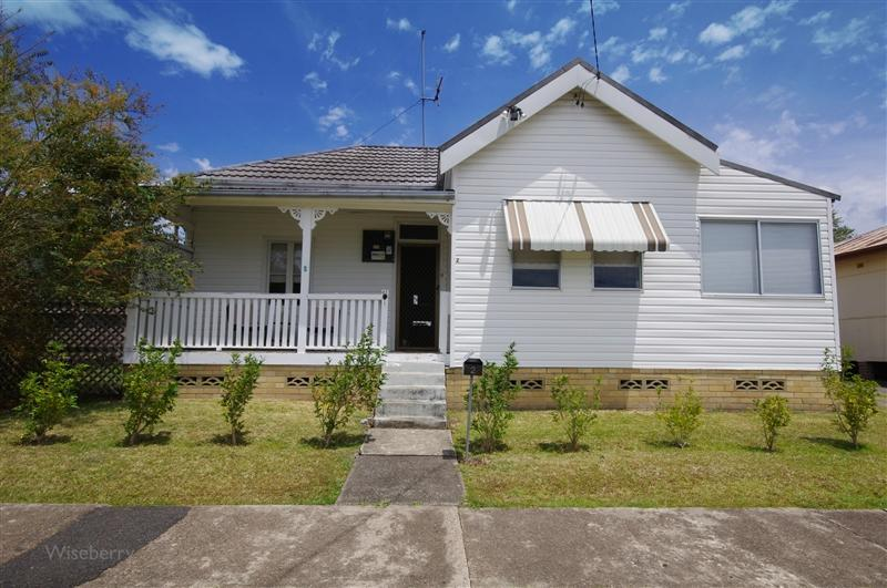2 flett street taree NSW 2430