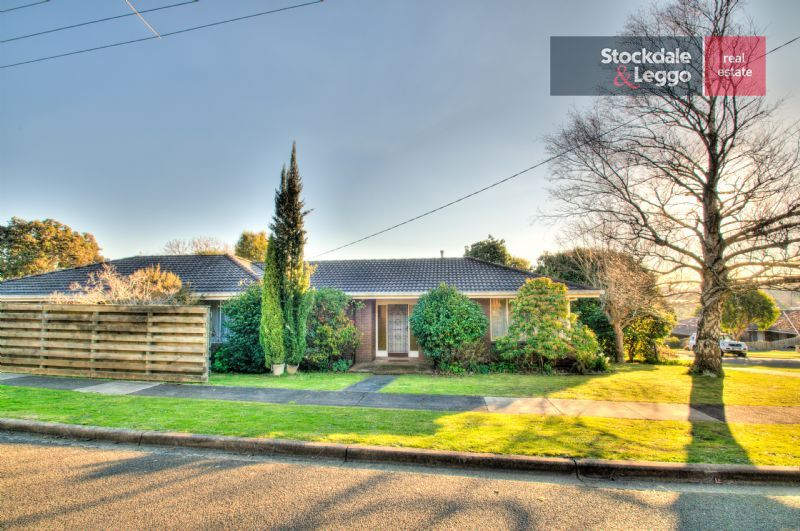 12 colin street warragul VIC 3820