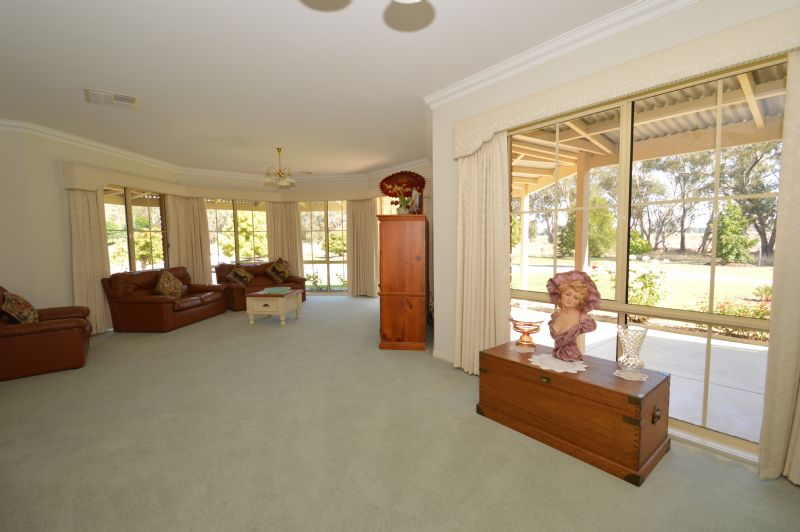 Photo of 8 TATHRA PLACE WANGARATTA, VIC 3677
