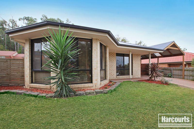 24 donday court pakenham VIC 3810
