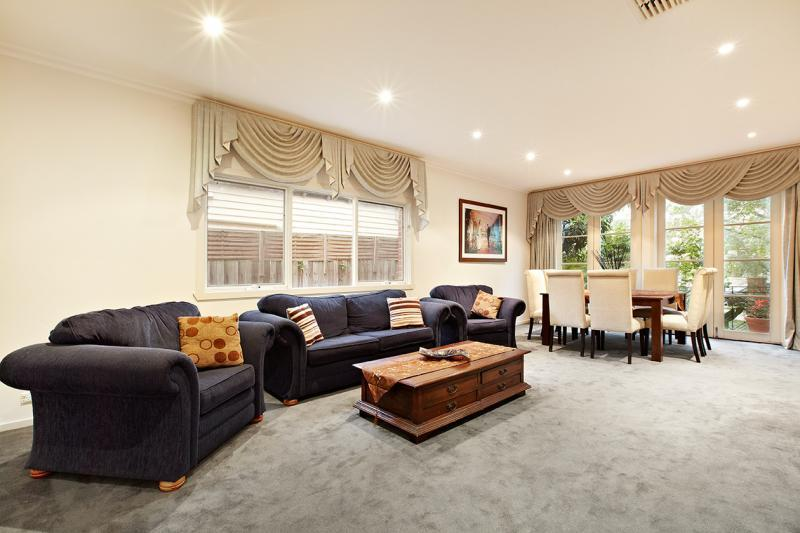 187 Kambrook Road, CAULFIELD VIC 3162, Image 5