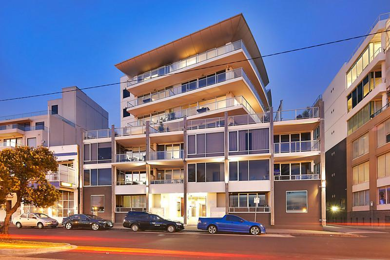 402/65 beach street port melbourne VIC 3207