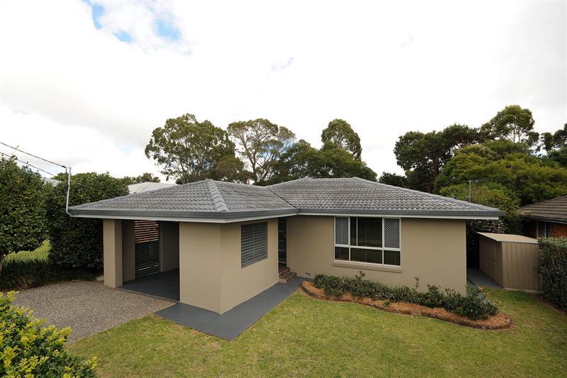 13 winifred street south toowoomba QLD 4350