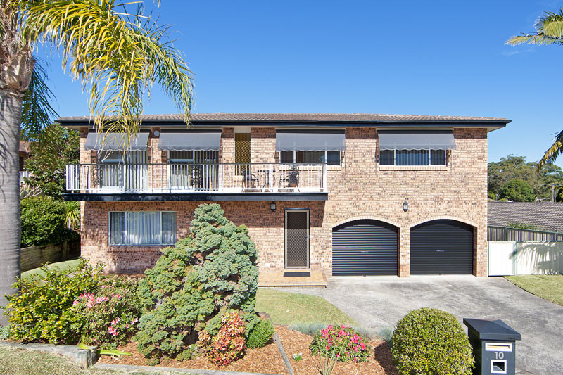 10 caloola close bateau bay NSW 2261