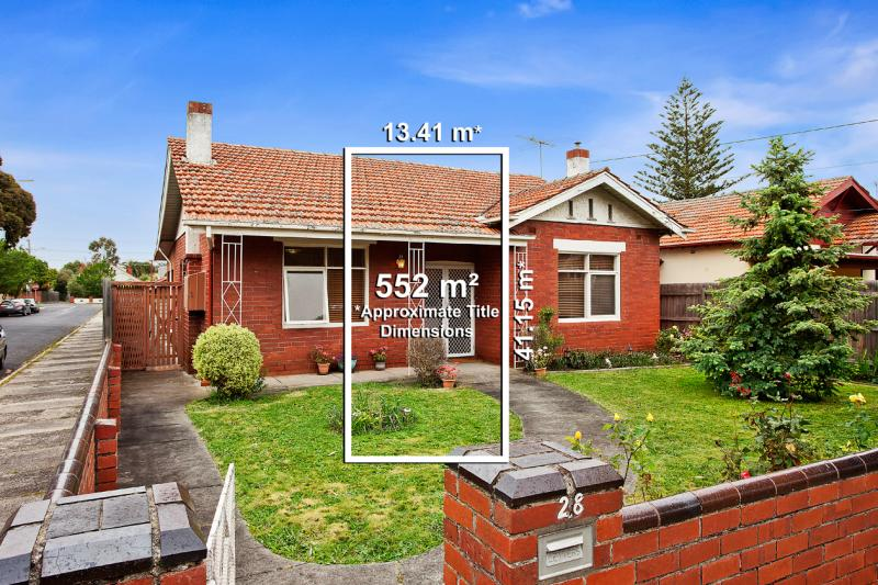 28 lucan street caulfield north VIC 3161
