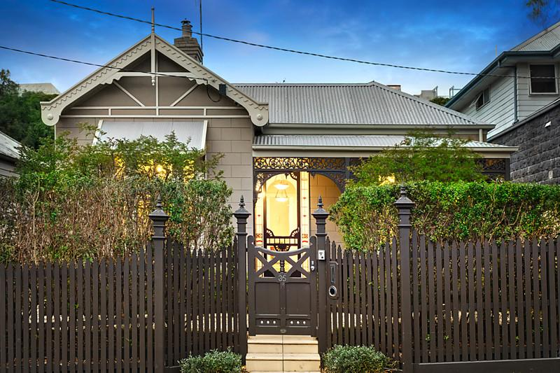 35 oxley road hawthorn VIC 3122